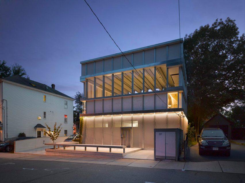 Cyclopean House by Ensamble