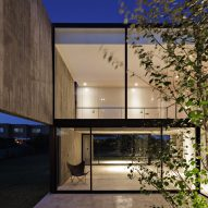 House in La Comarca by Anibal Bizzotto and Diego Cherbenco