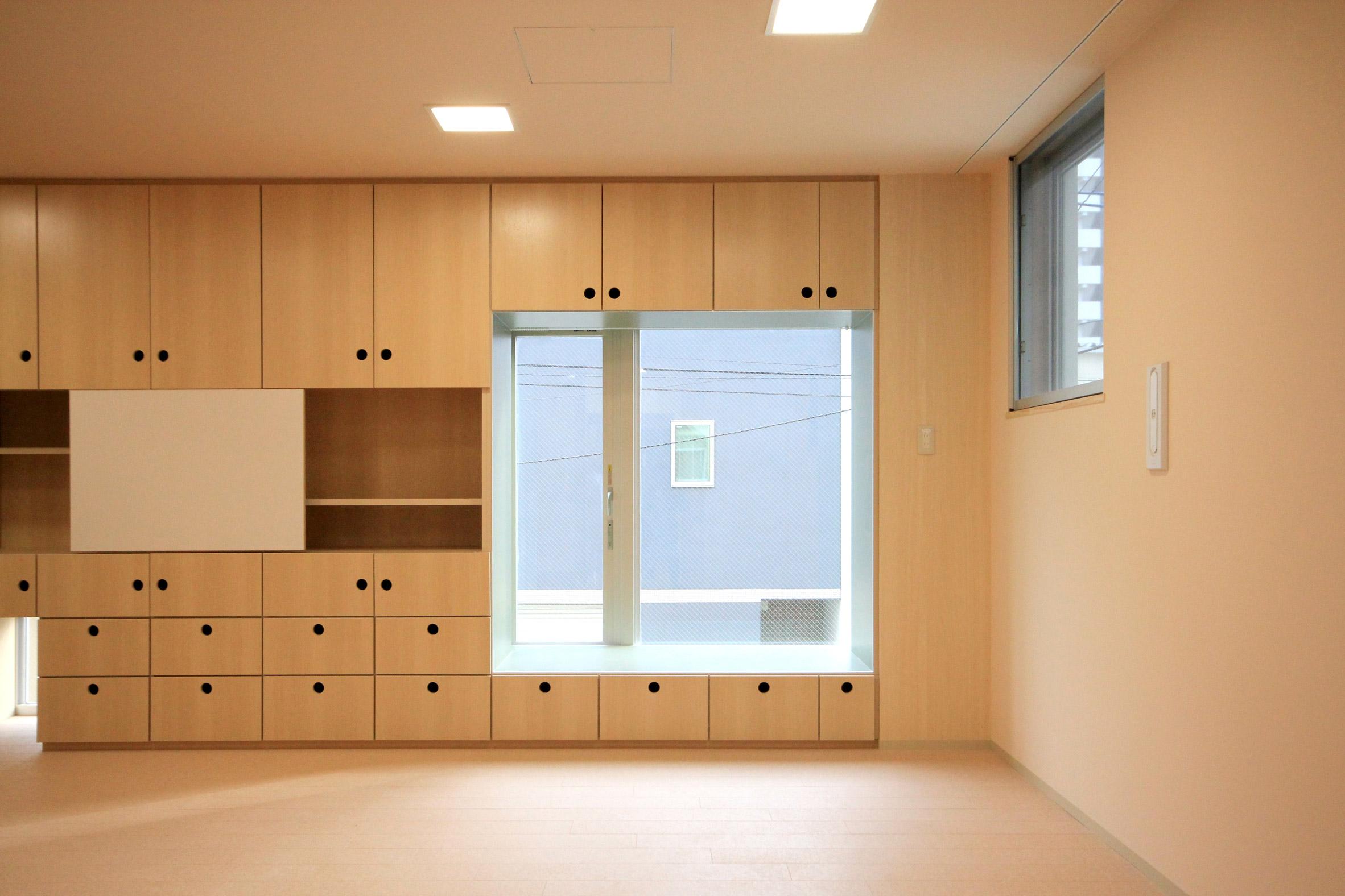 Morinoie nursery school by Masahiko Fujimori Architects