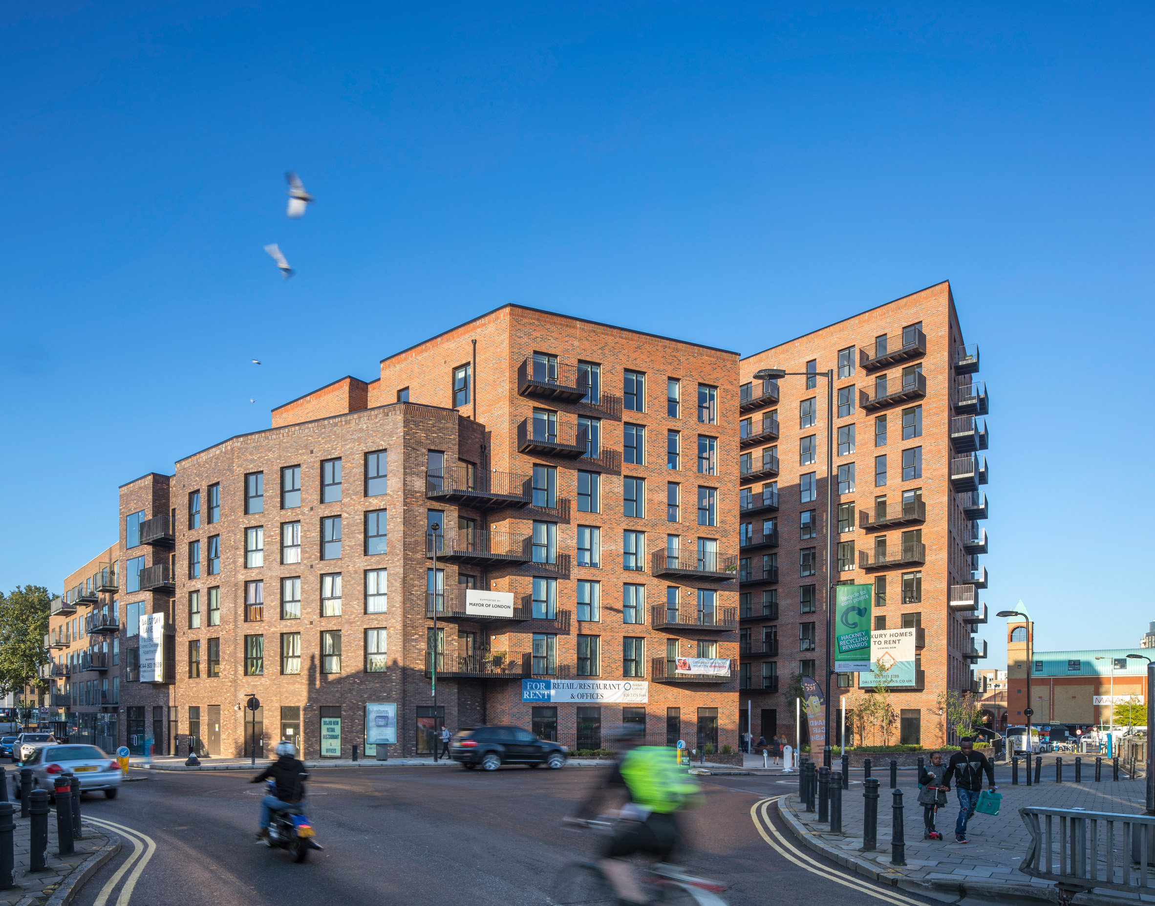 "Cross-laminated-timber housing in east London offers ""the future of low carbon construction"""