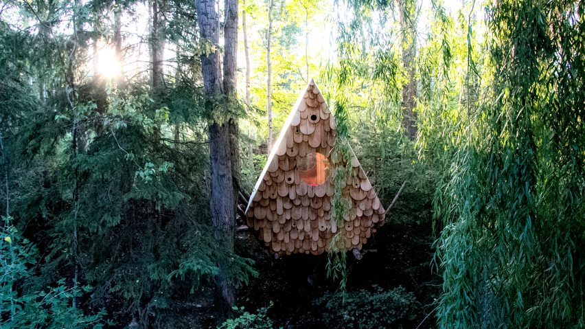 Birdhut by Studio North