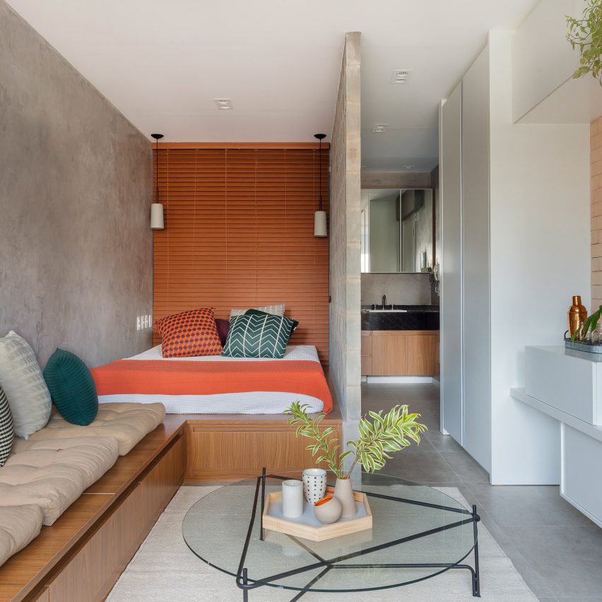 Tria arquitectura creates flexible living spaces within compact s o paolo apartment dezeen - Tria arquitectura brazil signs s moema house ...