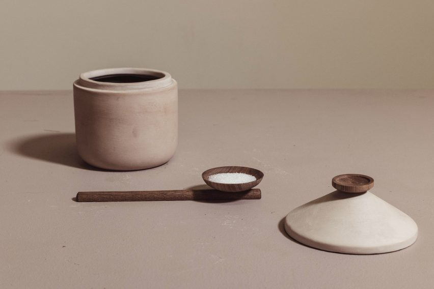 Container and coffeeware by Samaná