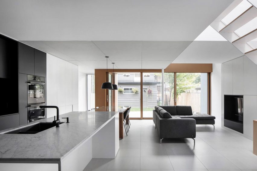 De la Roche residence by _naturehumaine