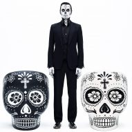 Fabio Novembre updates skull-shaped chair for Mexico's Day of the Dead