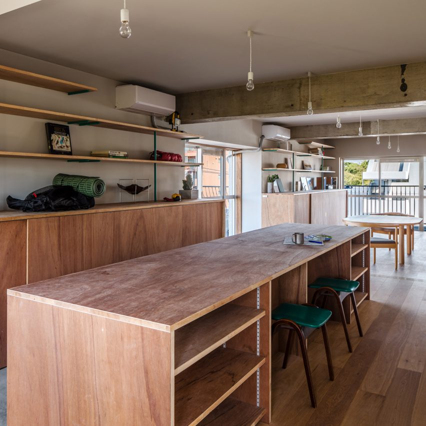 Snark Architectures Borrows Cabin Aesthetic For Apartment