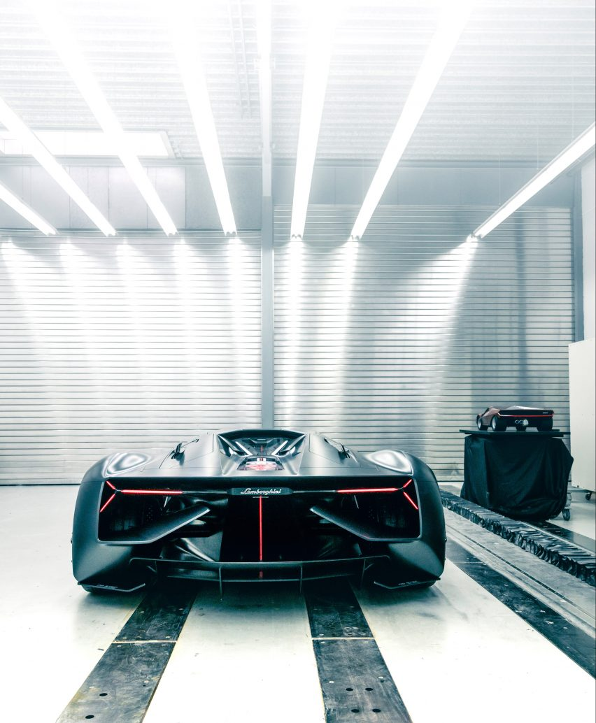 Lamborghini And Mit Researchers Create Self Healing Sports Car
