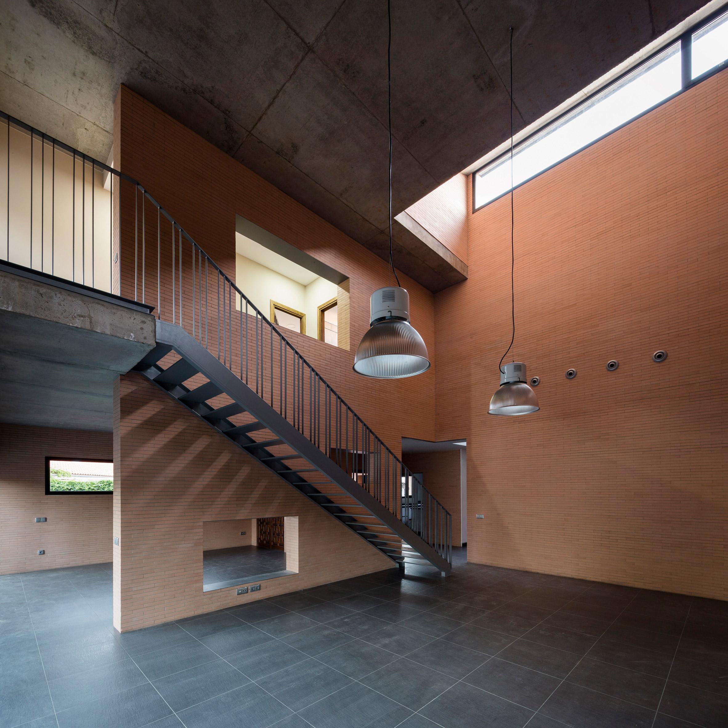 Perea Borobio House by Canales & Lombardero