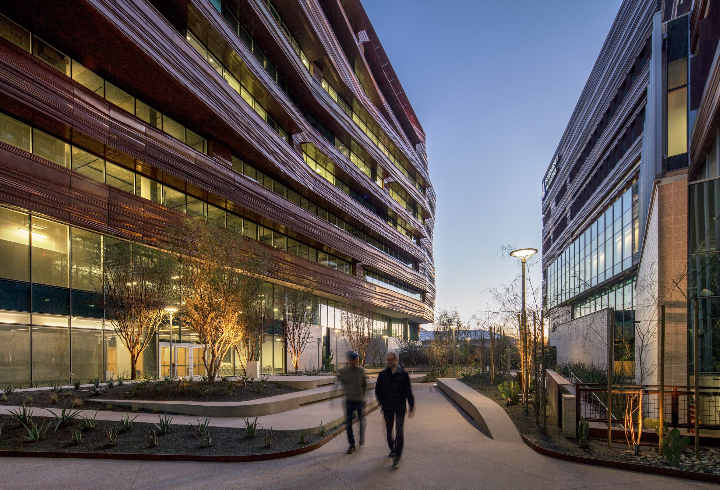 Phoenix Biomedical Sciences Building by CO Architects