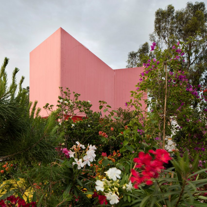 Pinterest roundup pink buildings