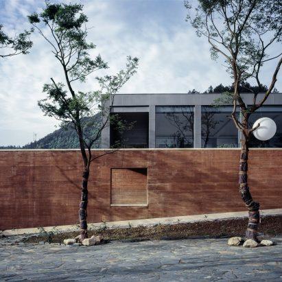 Wall De rammed earth architecture and design dezeen