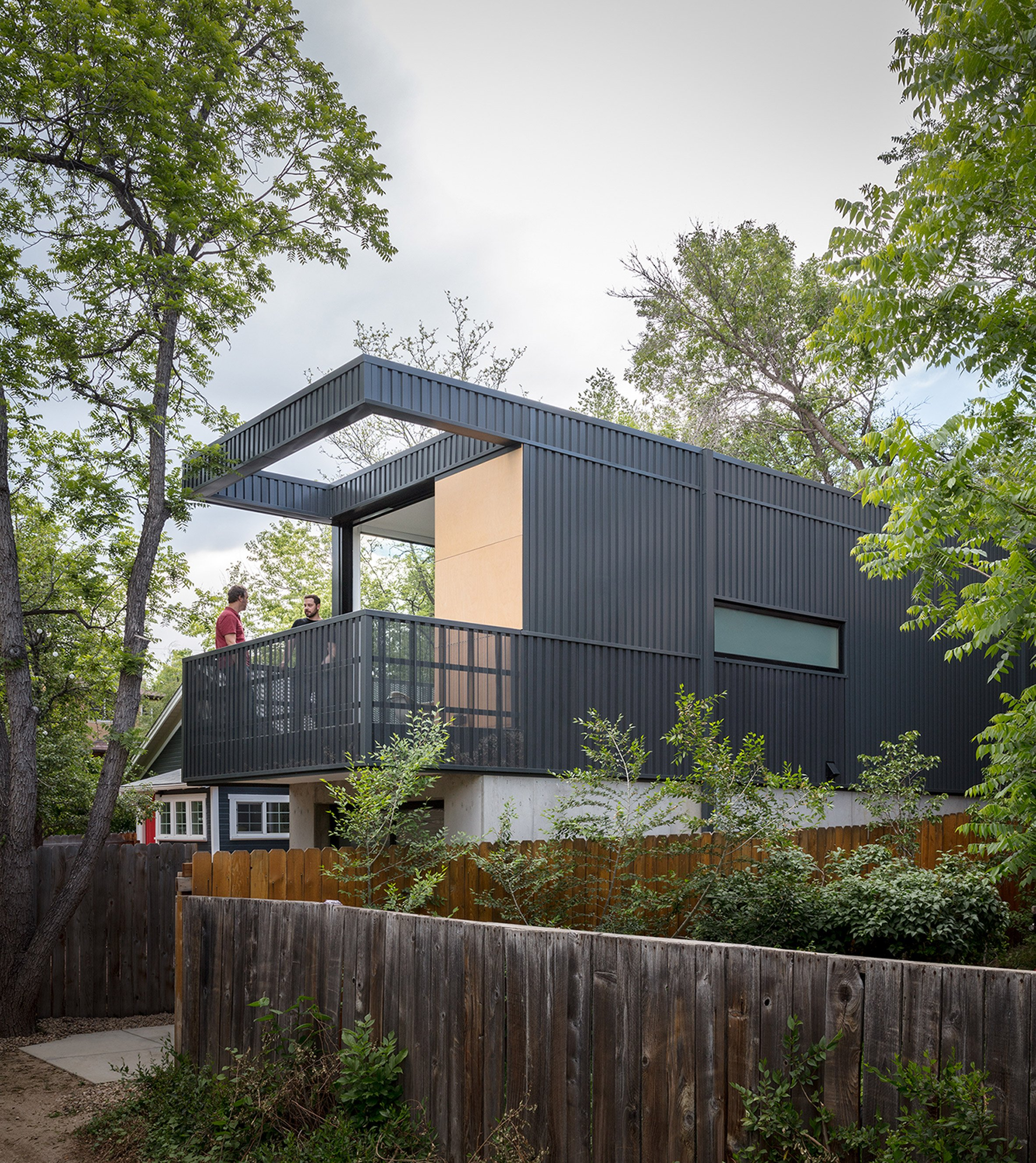 Studio B creates skinny backyard dwelling for landscape architect in Colorado