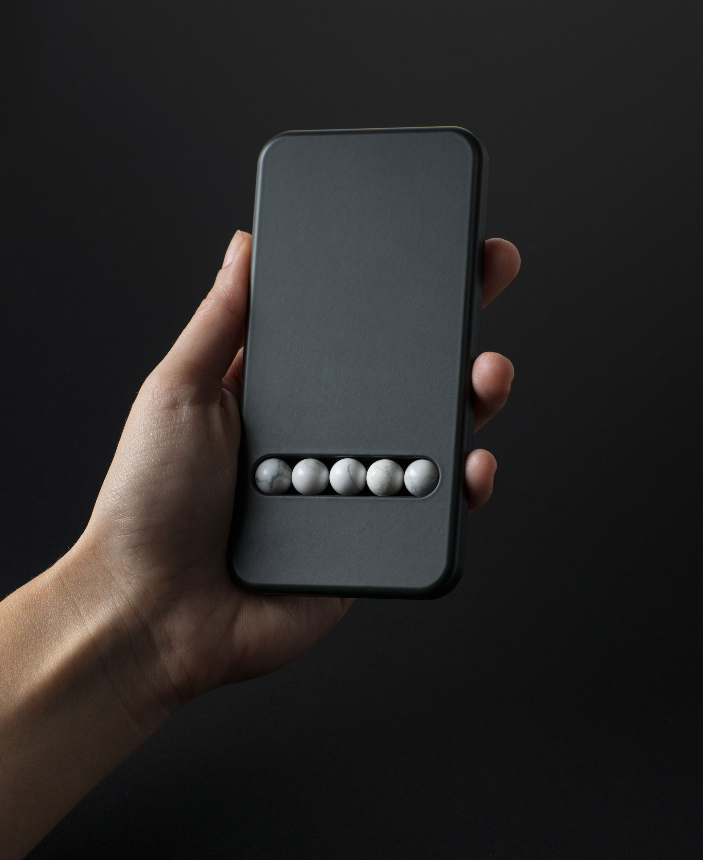 Klemens Schillinger's Substitute Phone is designed to overcome smartphone addiction
