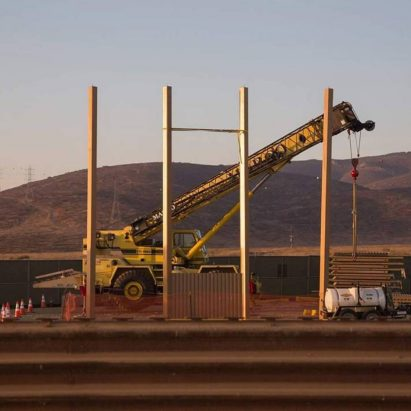 US-Mexico border wall prototype construction
