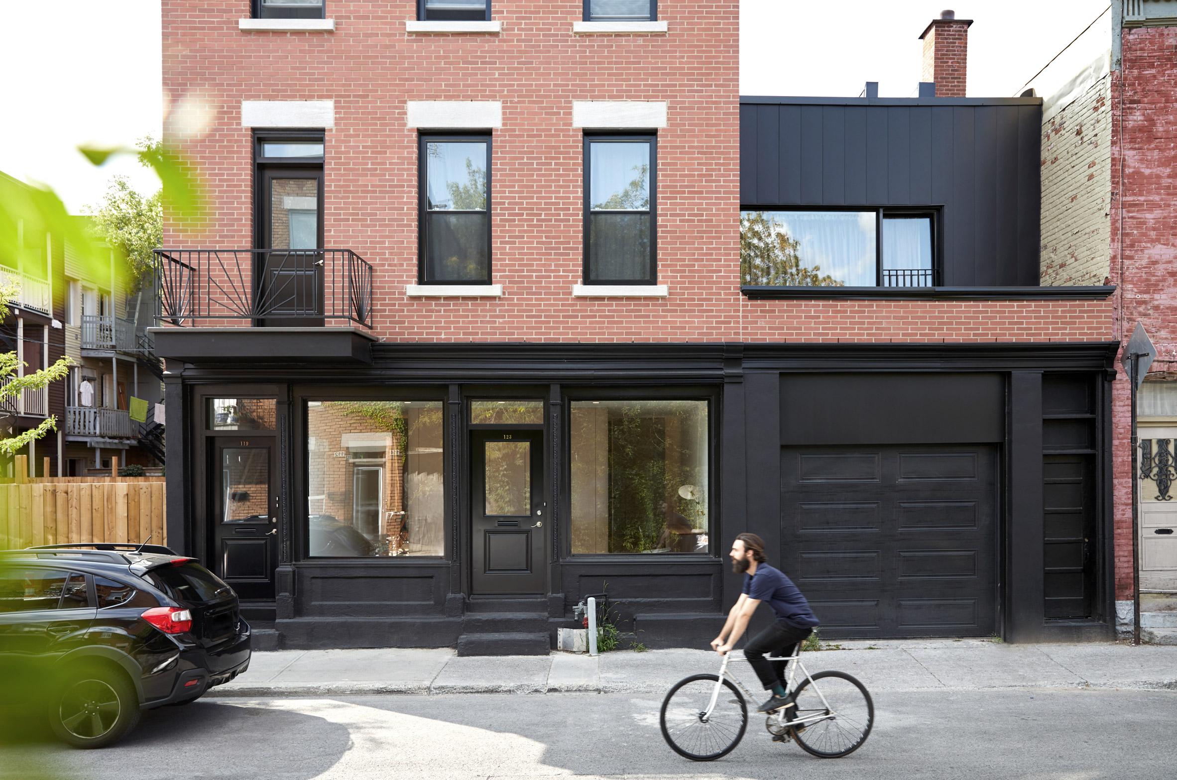 Atelier Barda turns Montreal shop building into bright residence