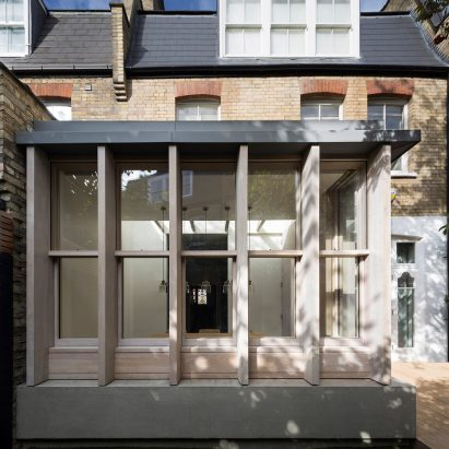 ... Studio Carver Adds American Inspired Prefabricated Extension To Belsize  House