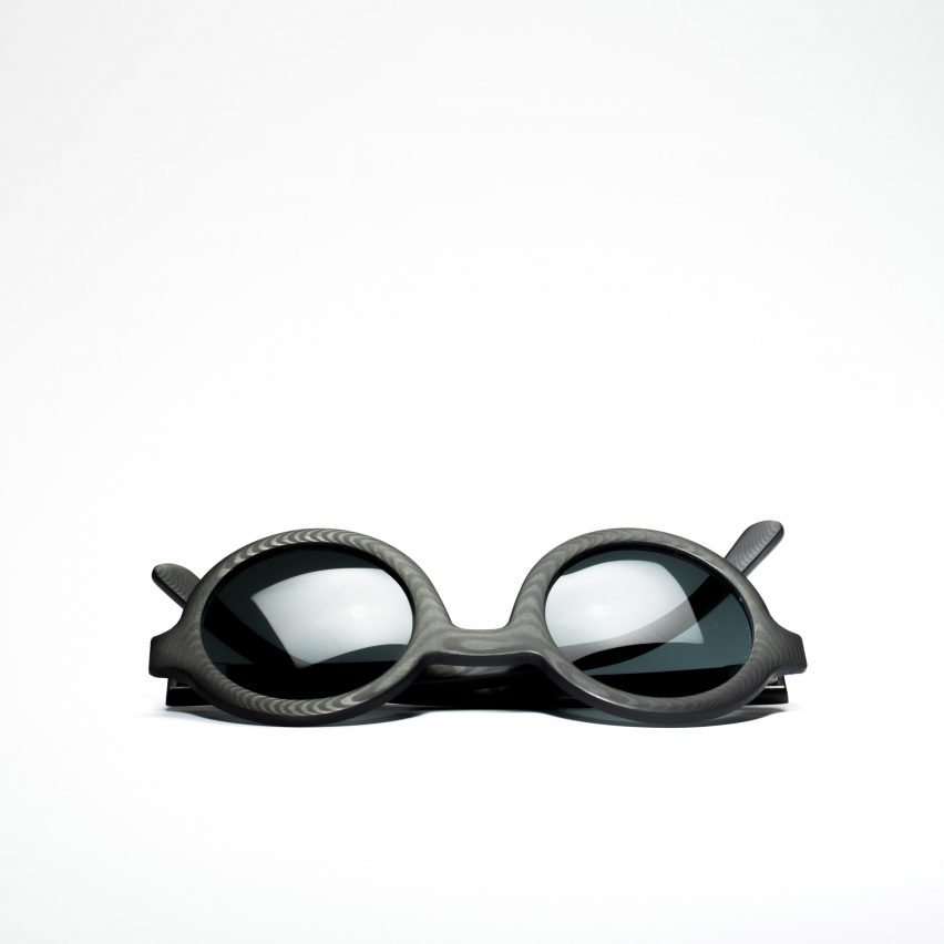 Carbon Wood Glasses by Rodrigo Caula