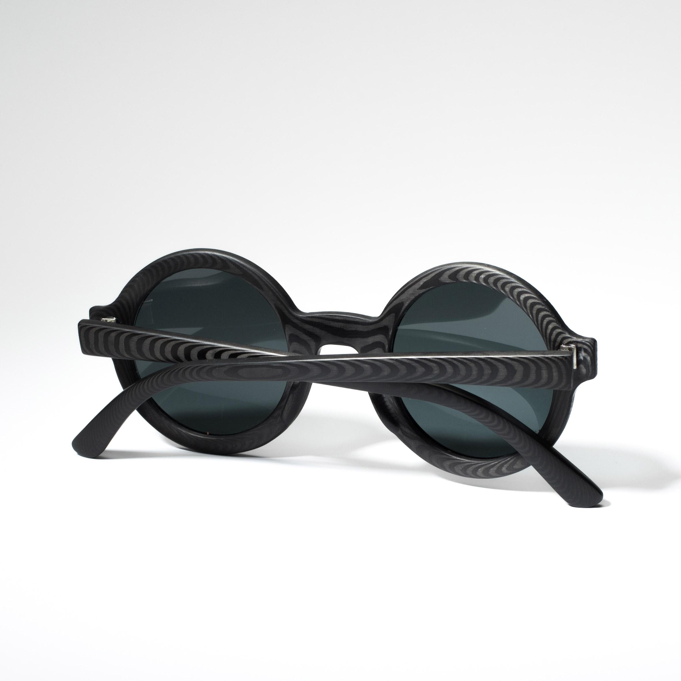 Rodrigo Caula designs carbon-fibre sunglasses with woodgrain patterns