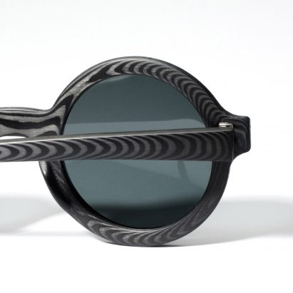 Carbon Wood Glasses by Rodrigo Caula