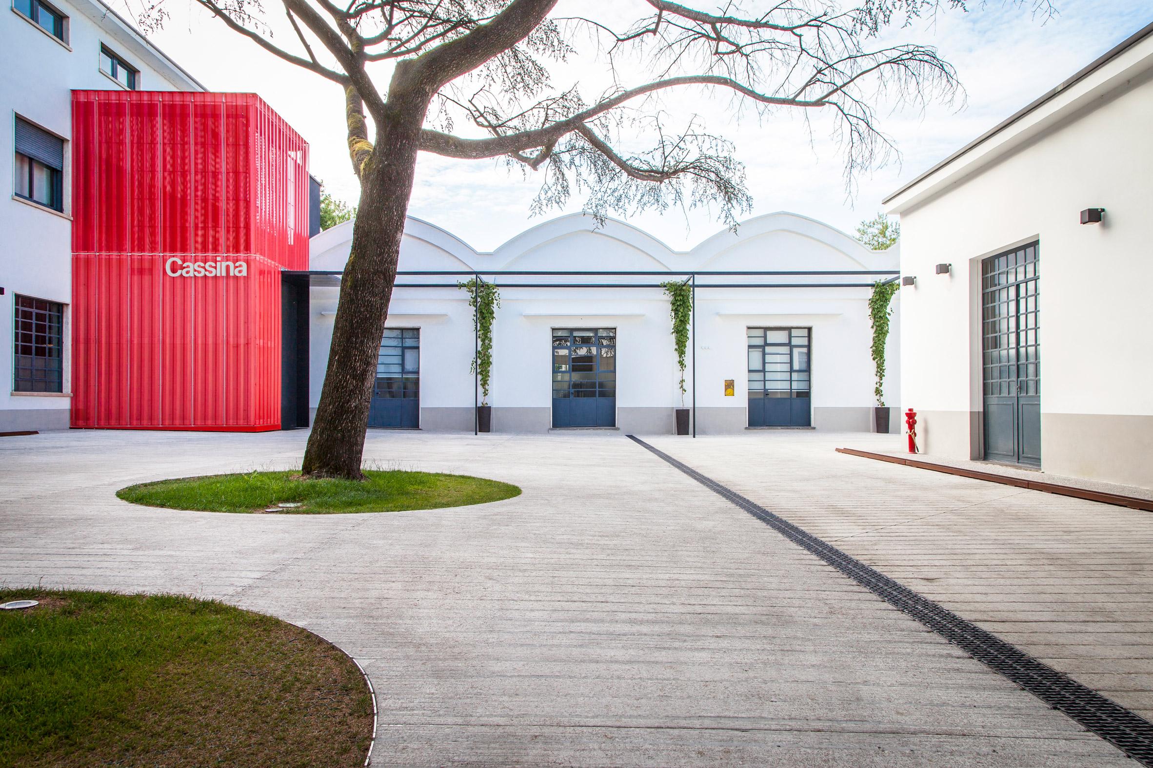 Cassina headquarters by Patricia Uriquiola