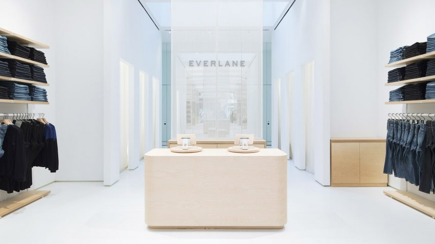 everlane opens permanent store in new york s soho