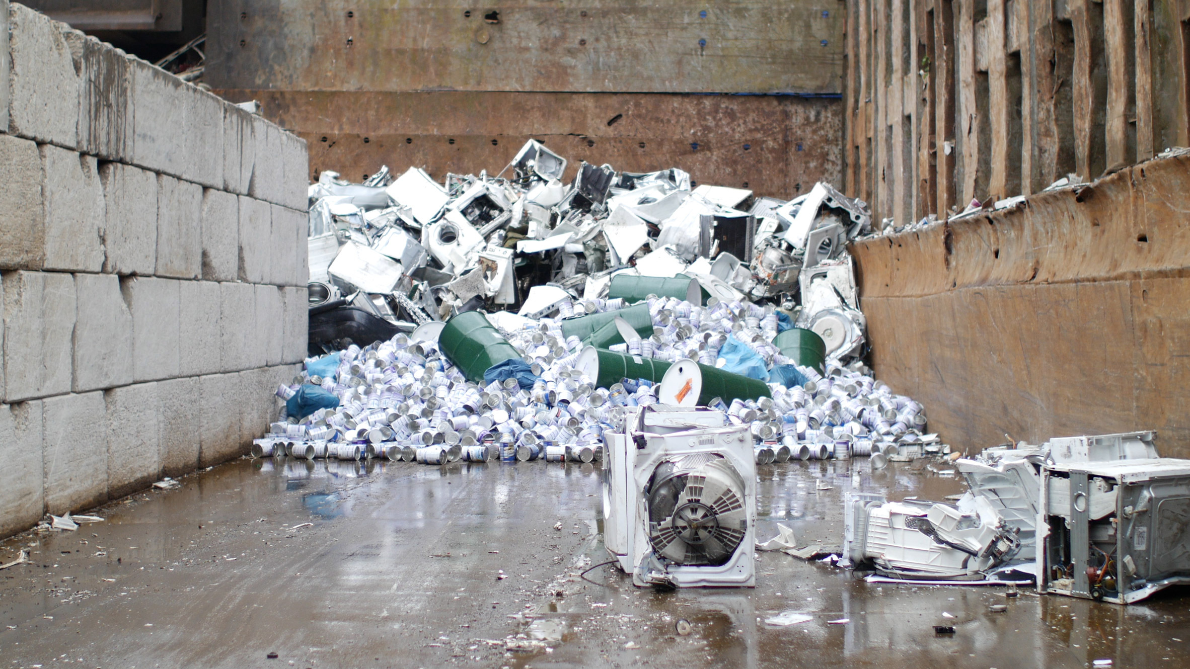 The Iphone Is Not Very Innovative Says Formafantasma Electronics Scrap Recycling Pictures Zimbio Duo Discovered That By 2080 Our Biggest Metal Reserves Will No Longer Be Underground