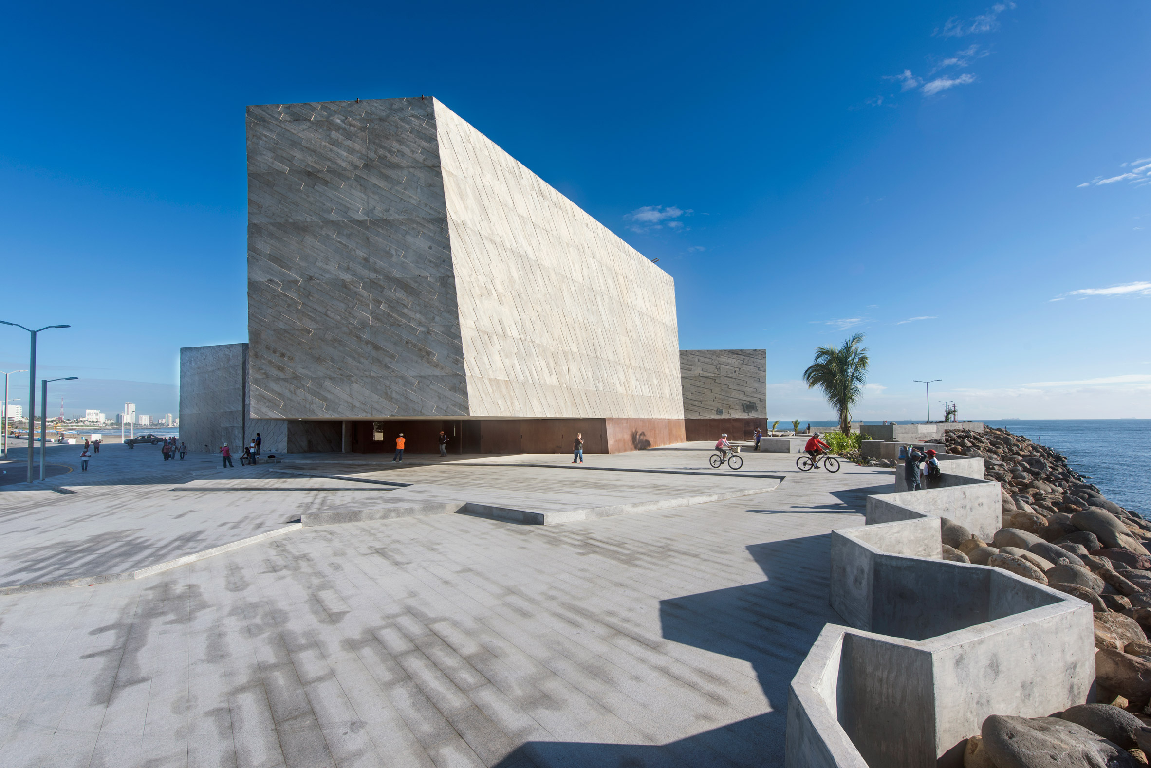 Rojkind Arquitectos completes concrete concert hall on the Gulf of Mexico