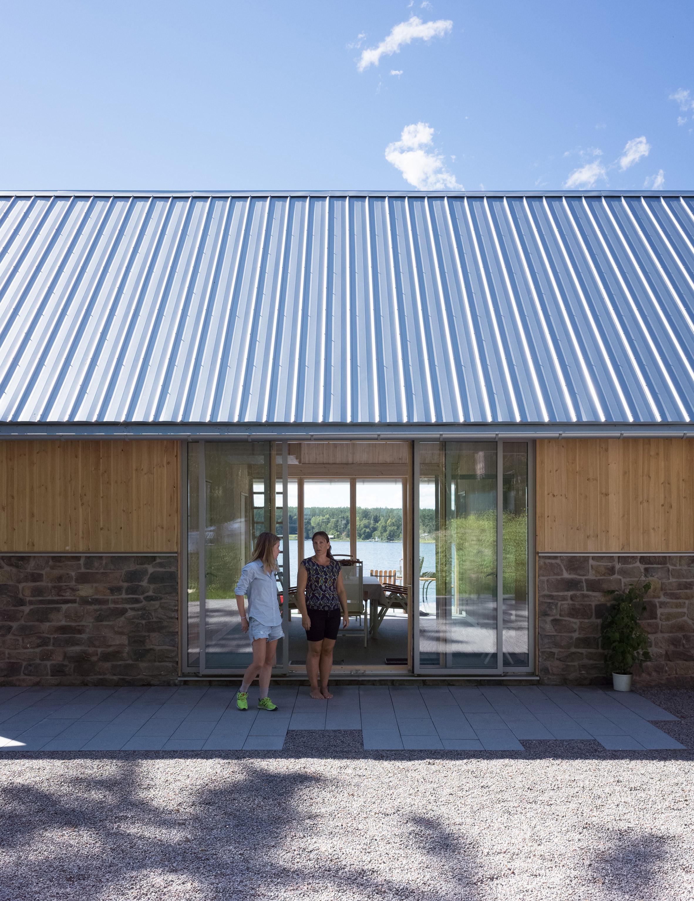 Hus Nilsson by Tina Bergman Architect