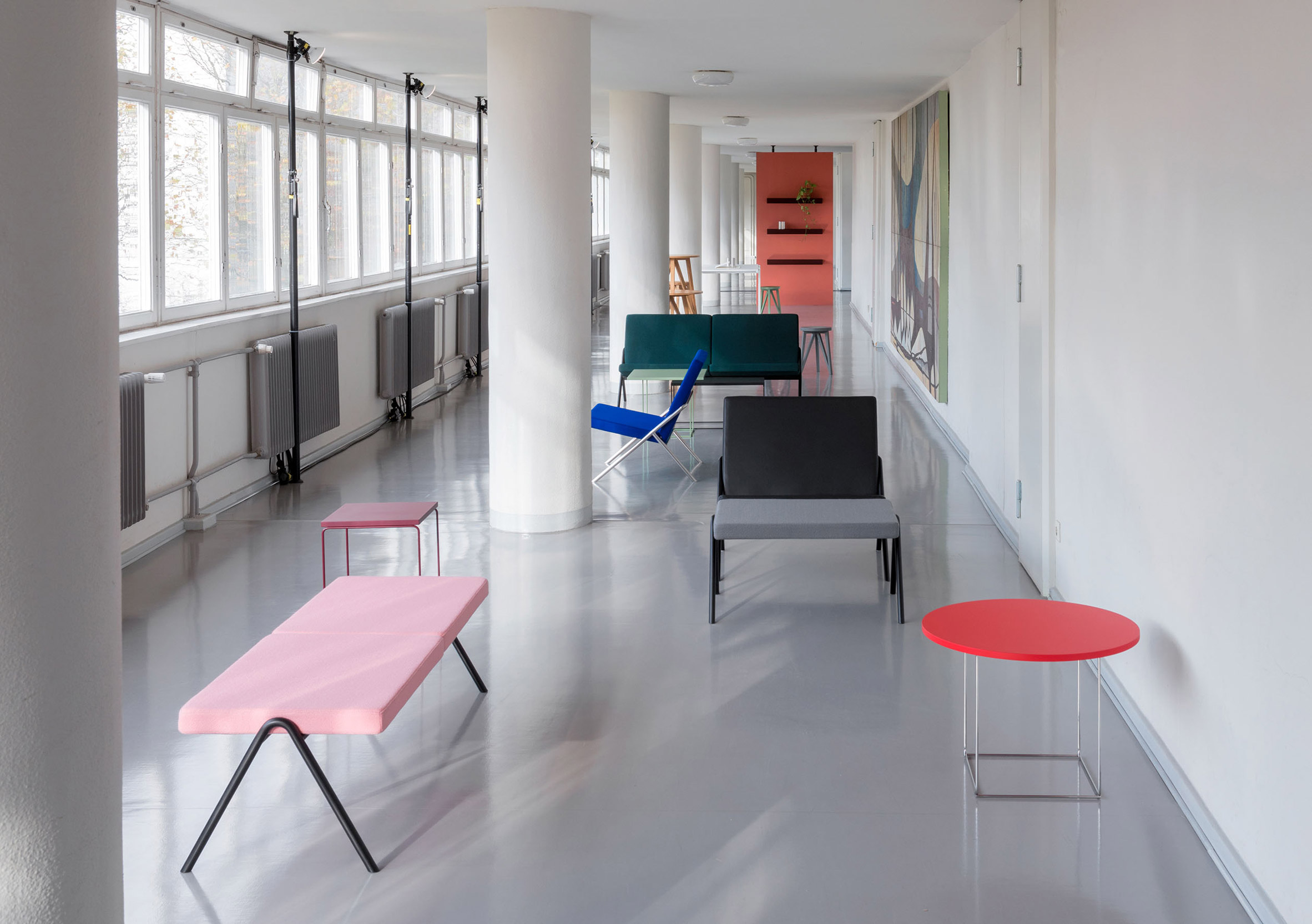 Loehr launches architecture-inspired furniture collection in house designed by Oscar Niemeyer