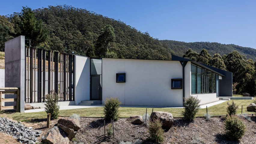 Sunnybanks House by Core Collective Architects