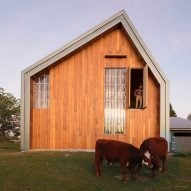Asher deGroot builds Swallowfield Barn with help of local community