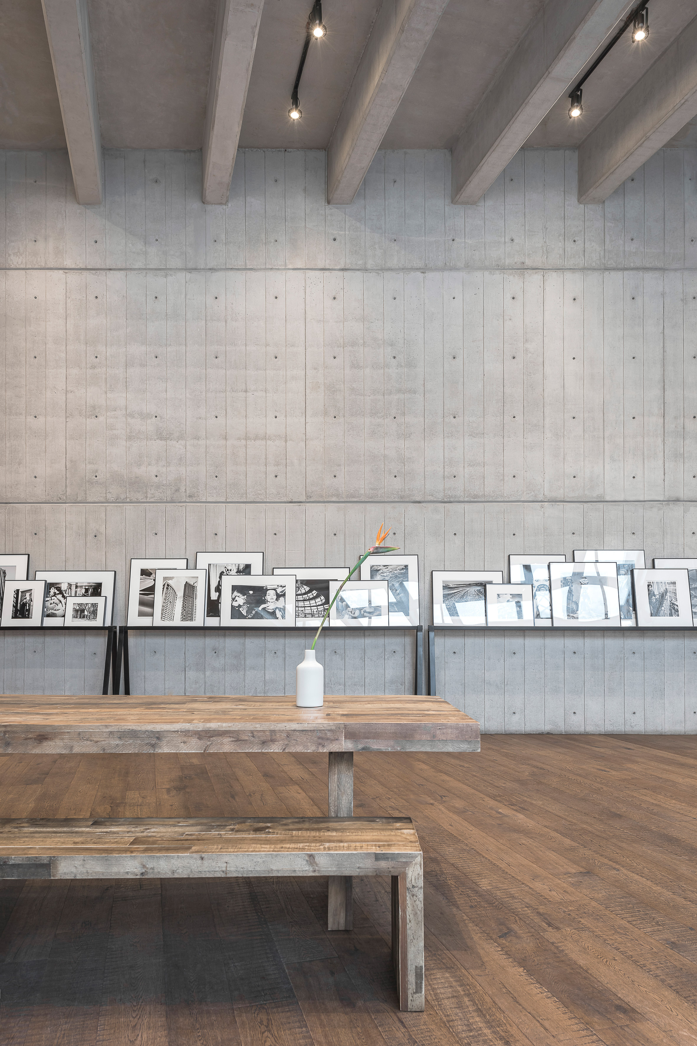 Exposed Concrete Walls Ideas Inspiration: Kosher Cookery School In Mexico City Features Board-marked