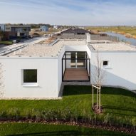 3x3 Houses by Endorfine