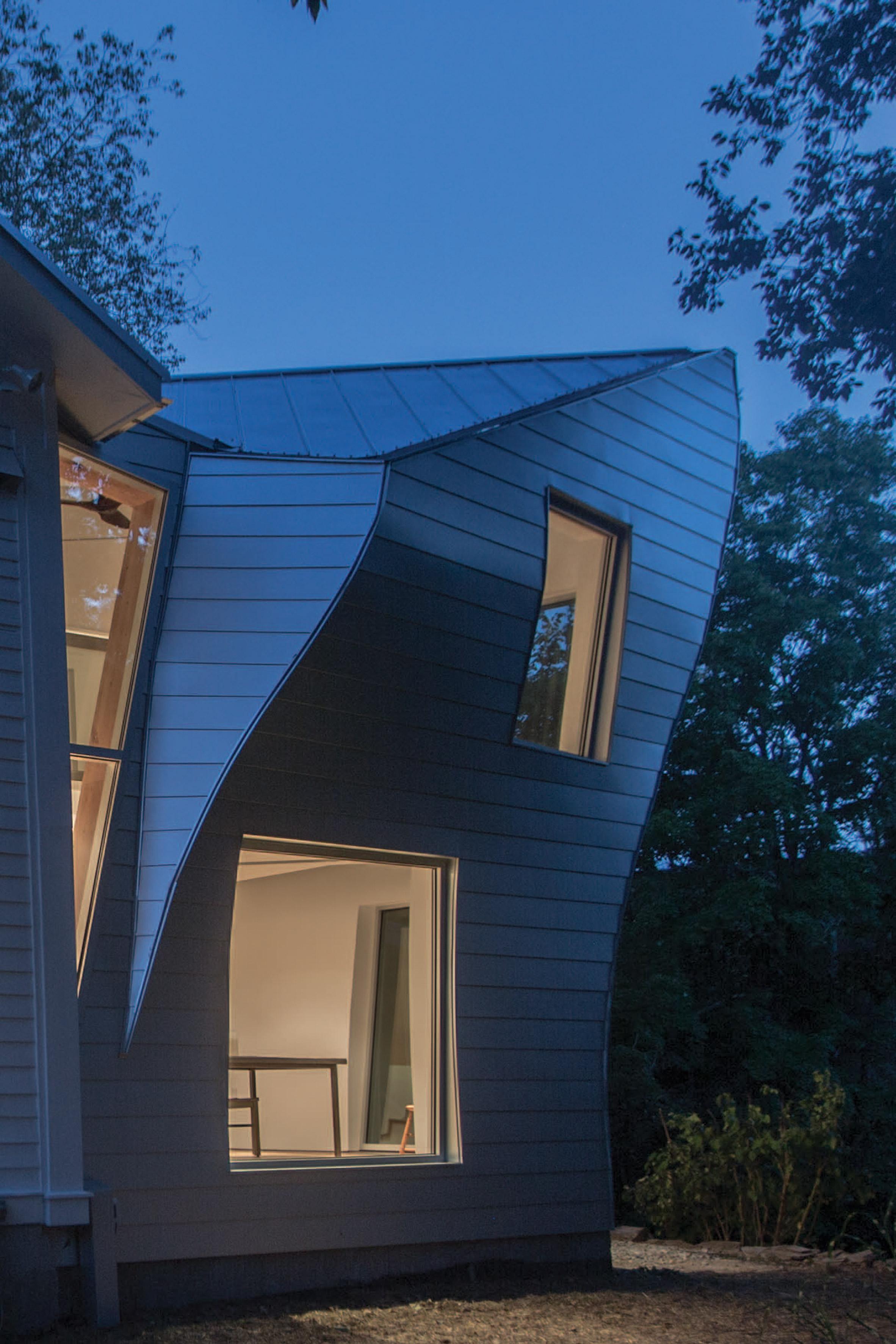Twist Farmhouse by Tom Givone
