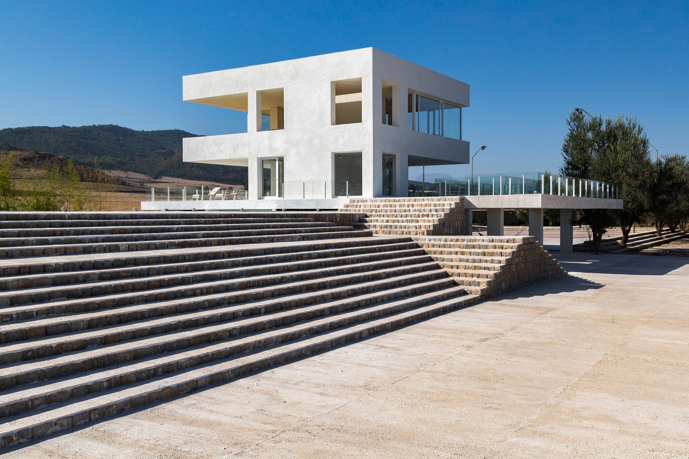 Villa Cheshm Cheran by ZAV Architects