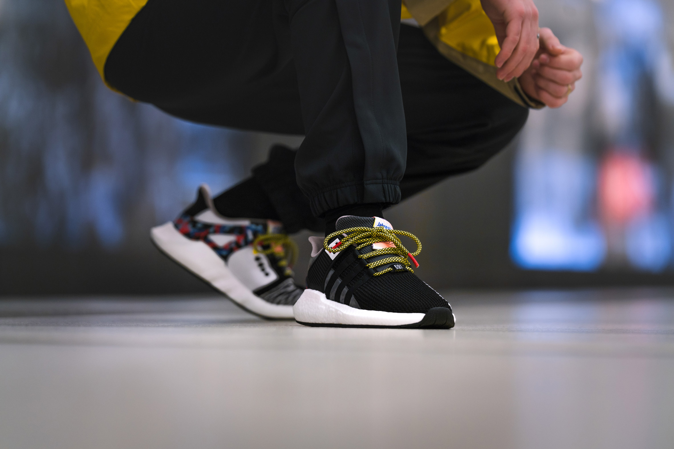 comprar bien lindos zapatos nueva llegada Adidas releases limited-edition trainers that match Berlin subway ...