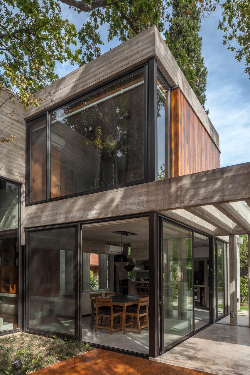 Casa Aranzazu by Besonías Almeida arquitectos