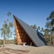 Open-air chapel designed by Plano Humano Arquitectos to resemble Scout's tent