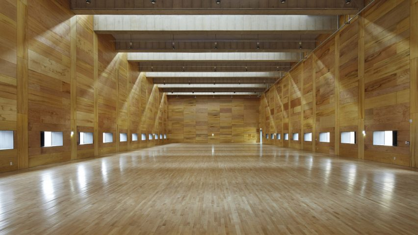 Steel Clad Clerestory Windows Protrude From Concrete Badminton