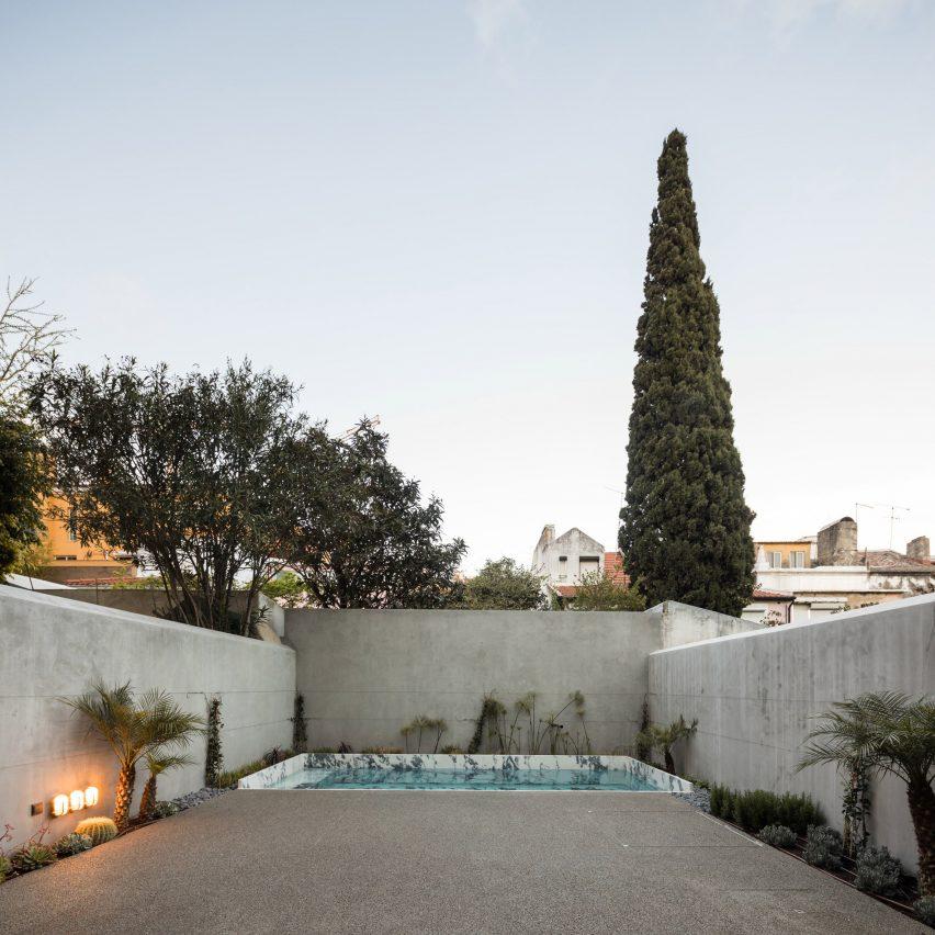 courtyards bak gordon traditional lisbon apartments