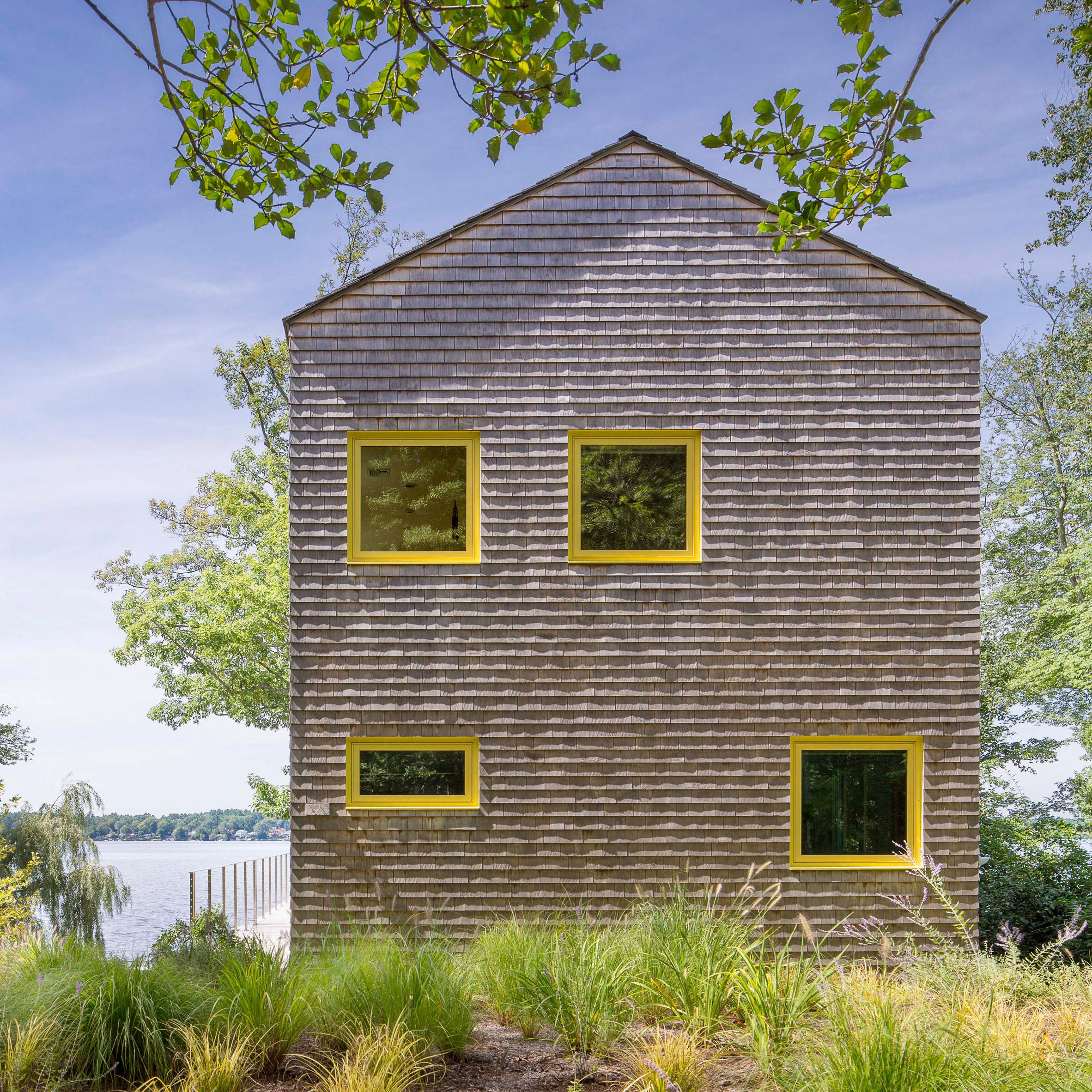 Deborah Richards Creates Retreat For Her Family Beside Massachusetts Lake
