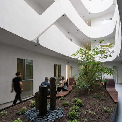 courtyard mariposa138 loha architecture residential apartments