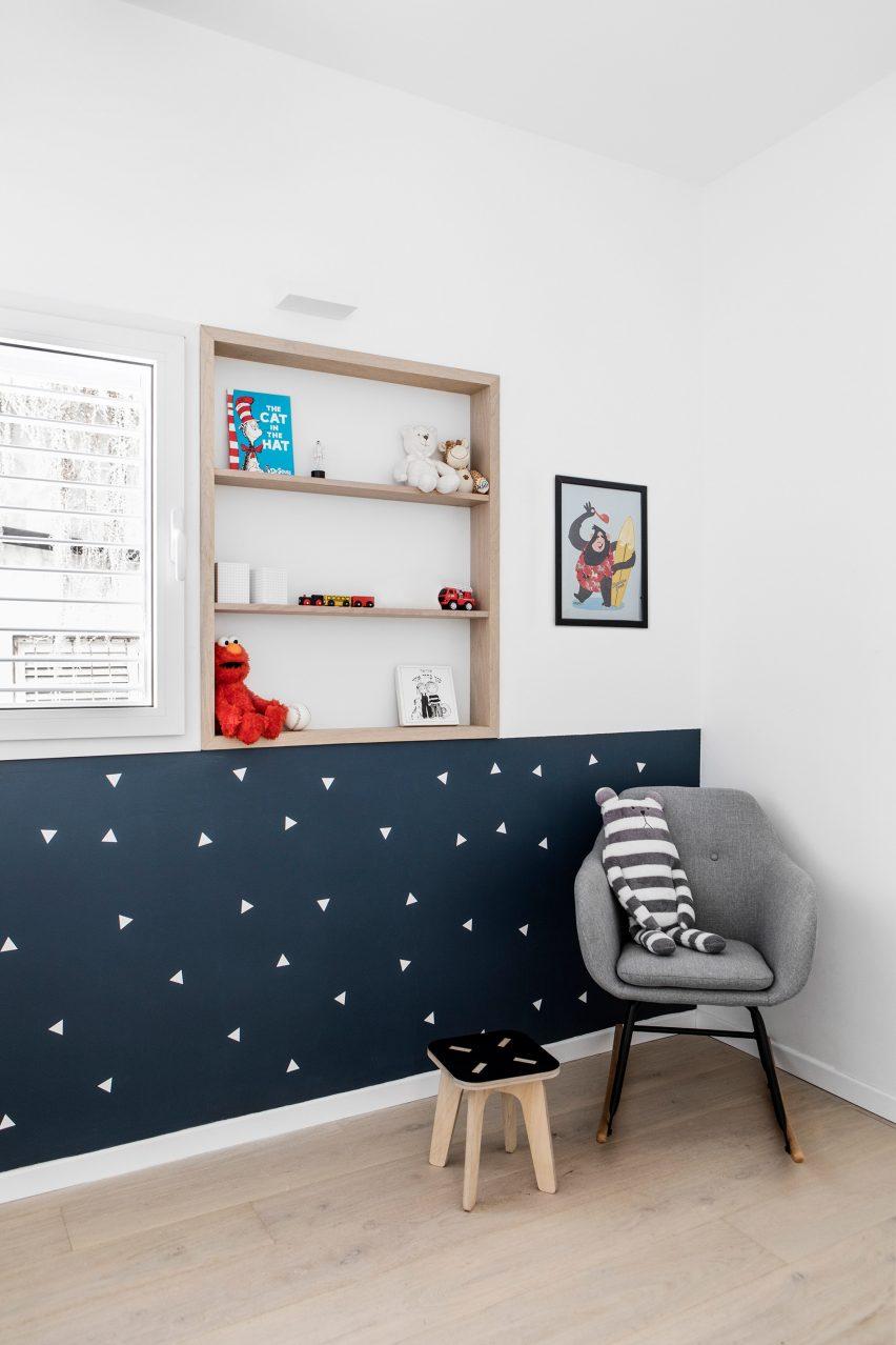 Maayan Zusman designs interior in a Tel Aviv microhome