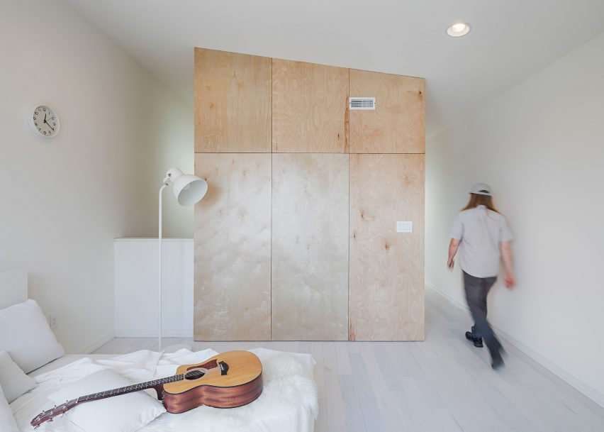 Outside-In House by Interface Studio Architects