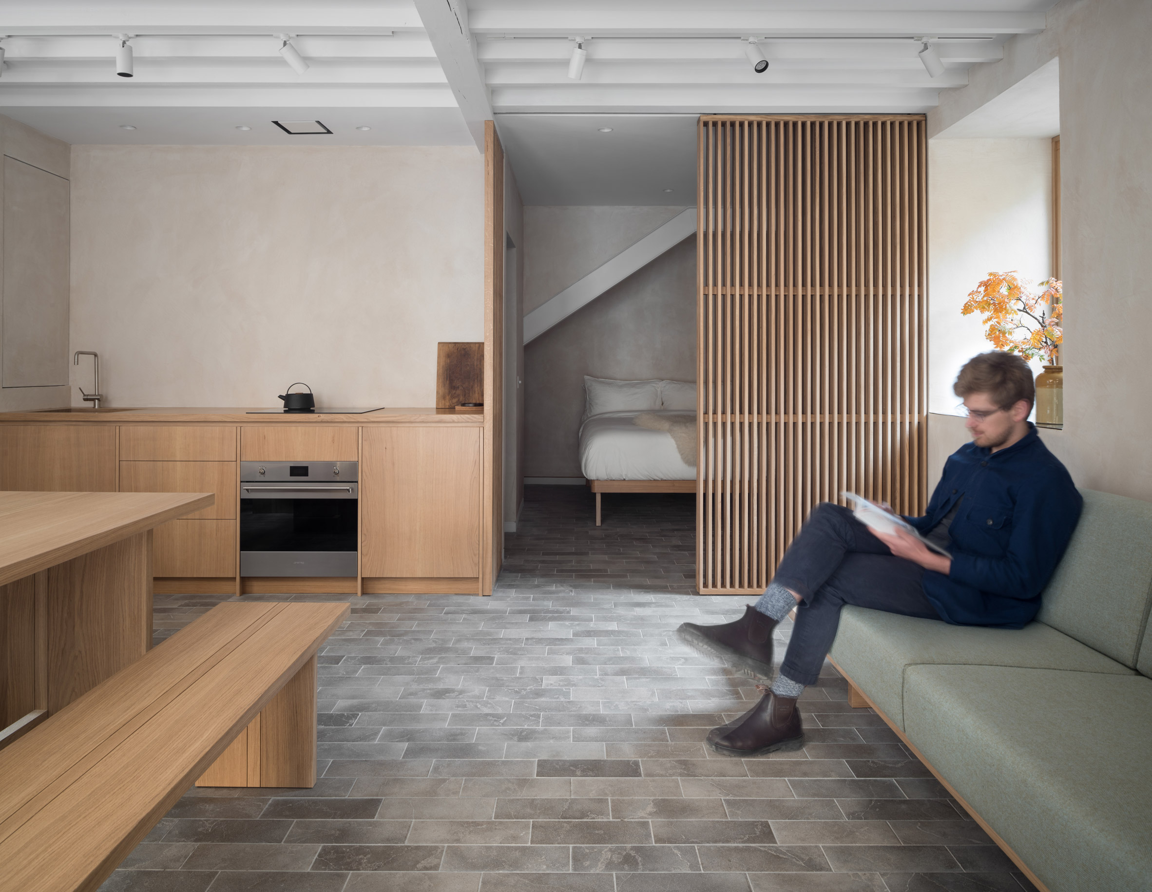 Old Edinburgh workshop transformed into minimal holiday retreat by Izat Arundell