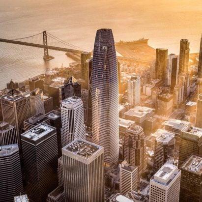 Salesforce Tower by Pelli Clarke Pelli