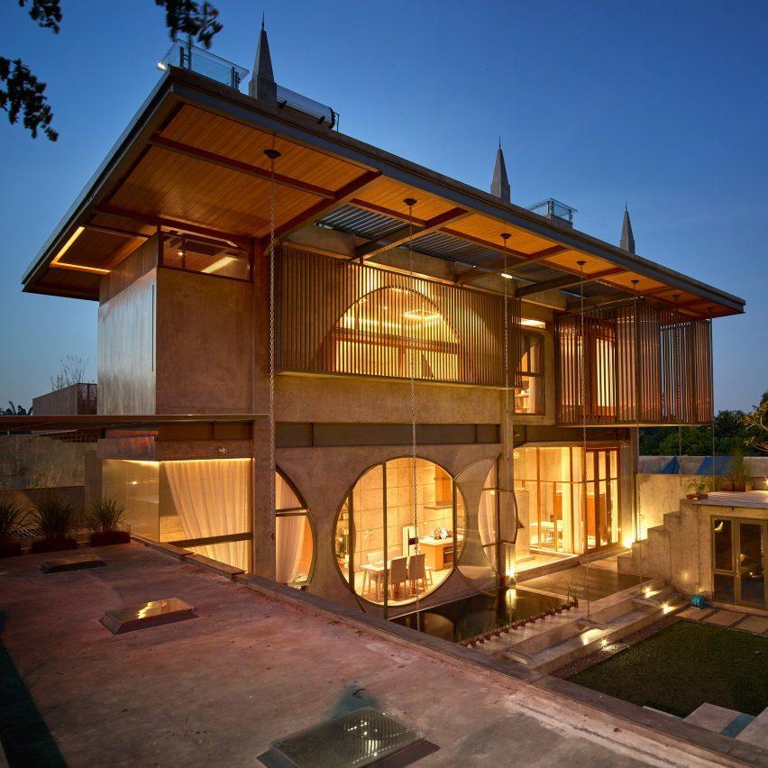 courtyard realrich sjarief architecture house studio jakarta indonesia