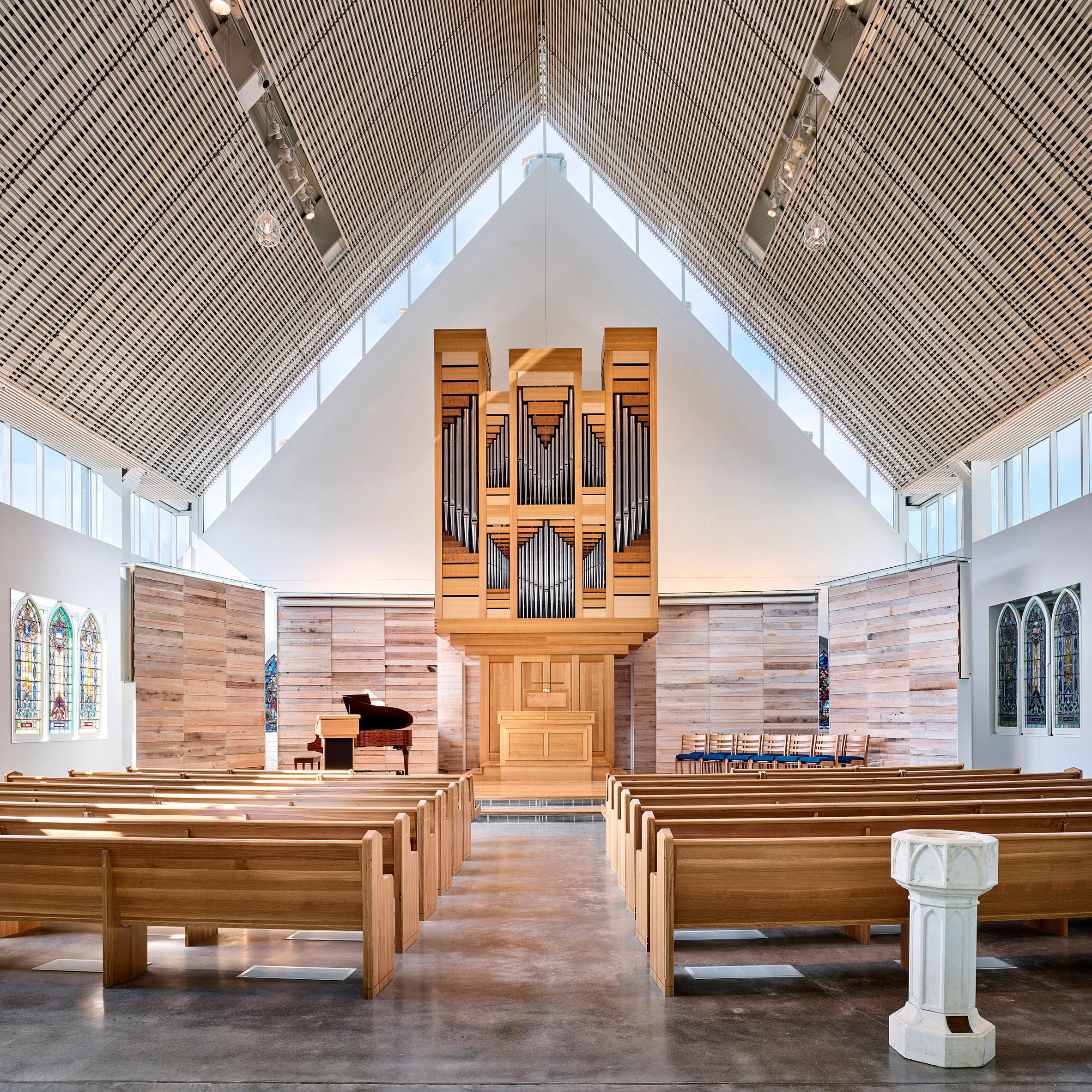 Good BNIM Resurrects Missouri Church With Lightwells And Exposed Masonry Nice Look