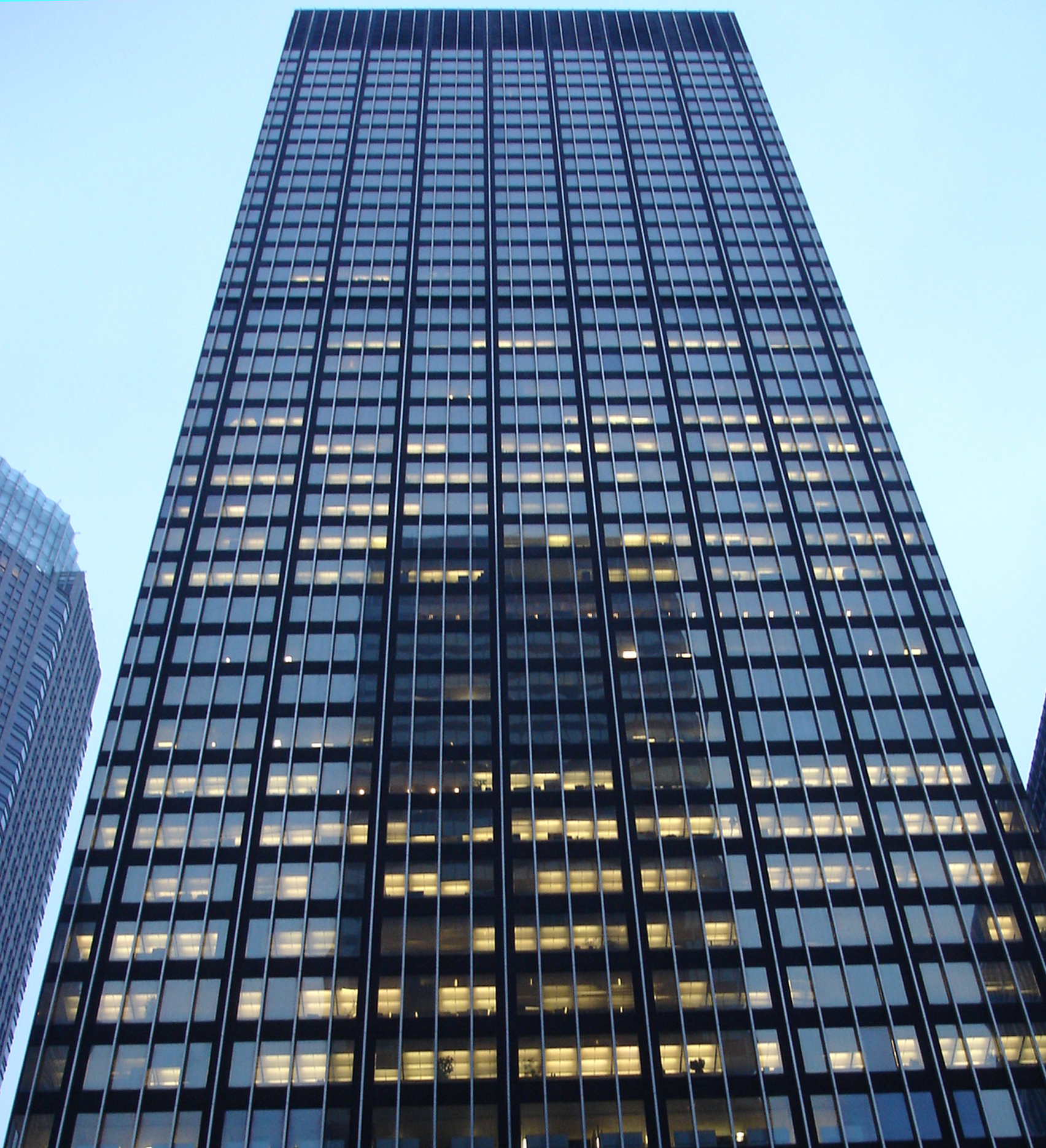 SOM's modernist Park Avenue skyscraper faces demolition