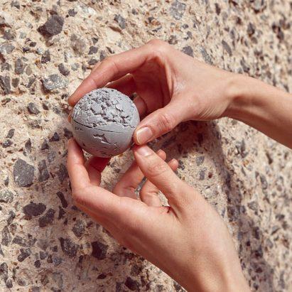 KiaUtzon-Frank creates brutalist-inspired flødeboller treats